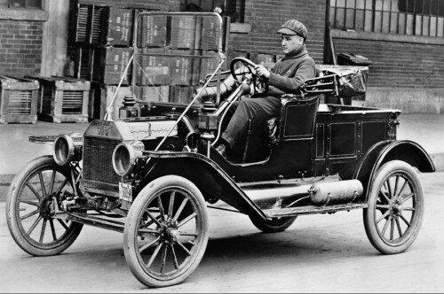 Первые автомобили - растущая популярность