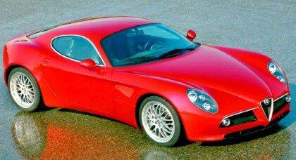 Автомобиль Alfa Romeo 8C Competizione 2007 года